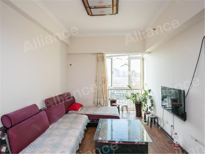 尚座房屋是简单装修,公寓客卧分离,适合单身个人居住