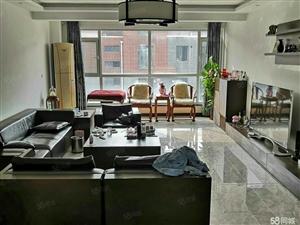 新区榴香园一楼简装121平108万的地下室急售