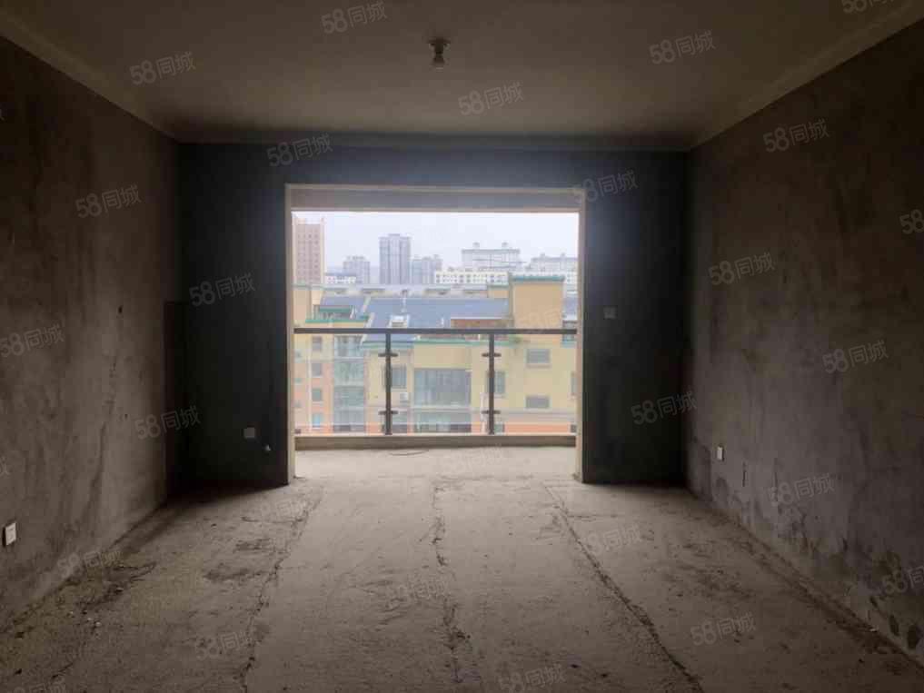 万达熙龙湾,电梯毛坯三房,南北正通透,看房方便!