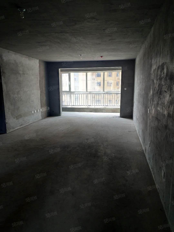 嘉祥翰林学府一期6楼现房,南北通透,客卧朝阳,所有开口已交