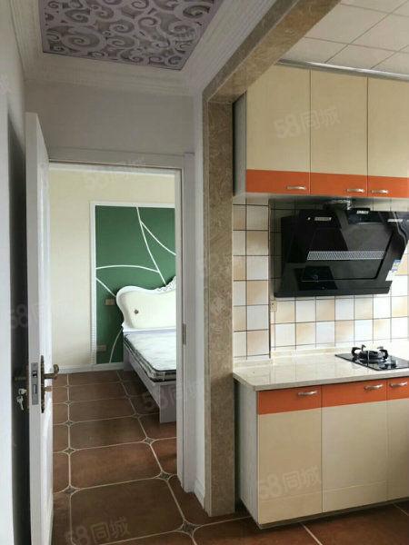 可做婚房大禹城邦电梯地热楼新装修未入住