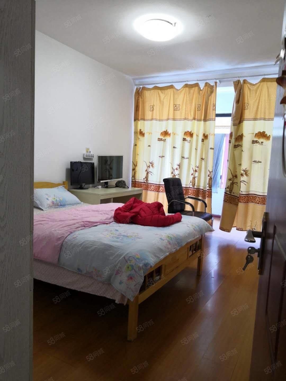 通运新村二楼85平加16平自行车库精装修两居室满五年