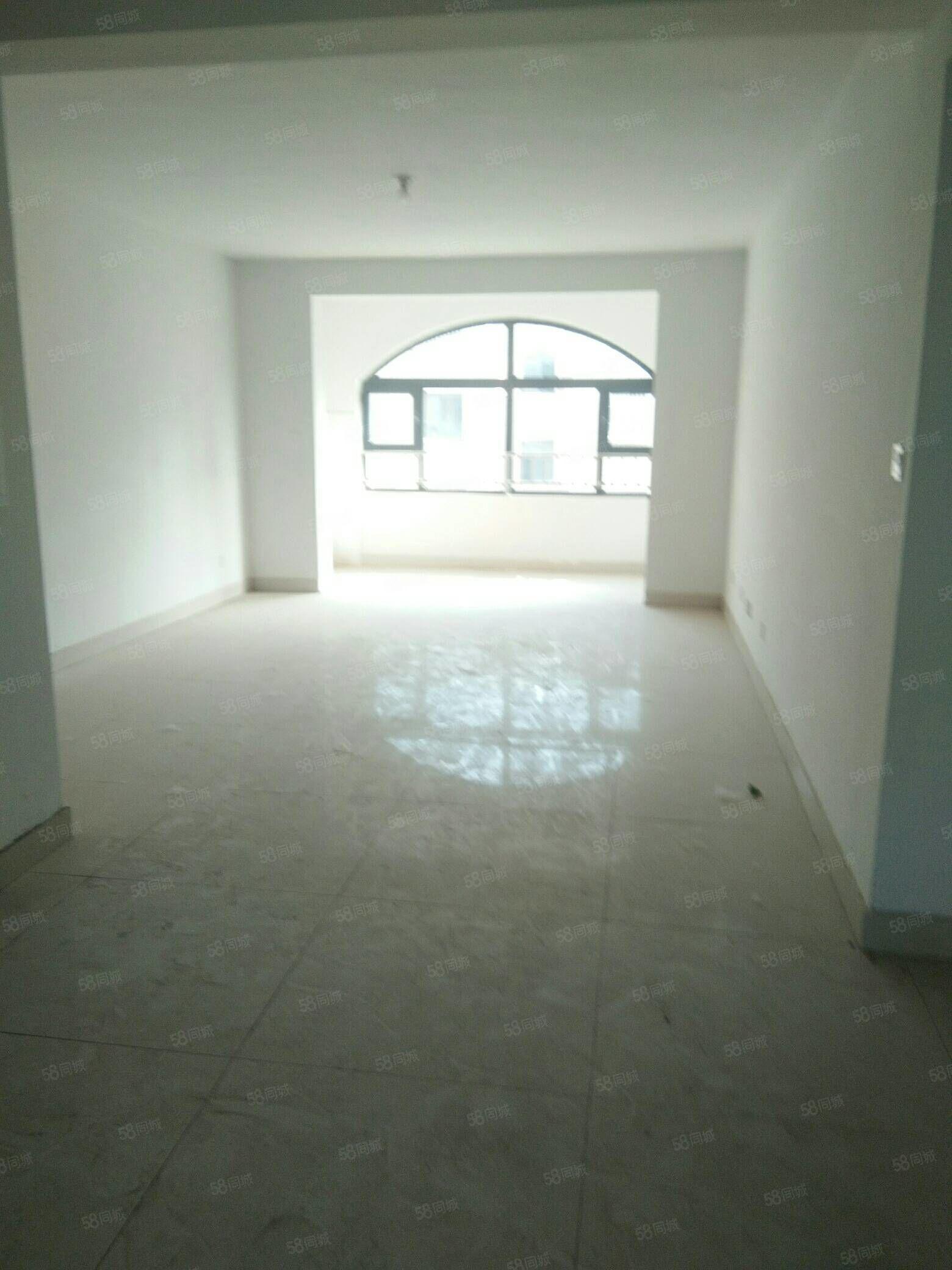 翰林公馆房源 三室119平 好楼层 带储藏室 5290元每平