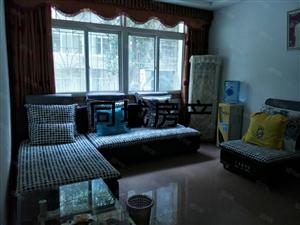 名居家园旁精装修3室2厅出售,外带一个小车库,随时看房