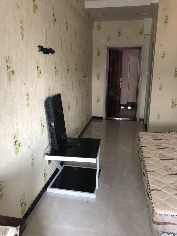 急租!观澜国际1室1厅1卫电梯精装修独立卫生间采光好