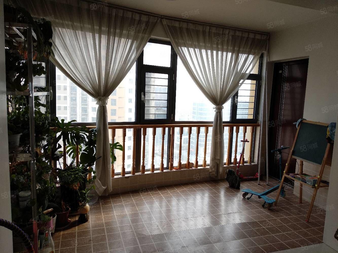 新出东方花苑精装房源,4室两厅两位203平双气楼层观景房