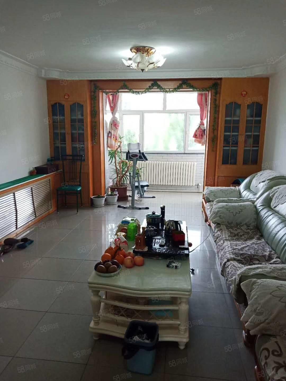 龙南小区正五楼低首付两室两厅一厨一卫老试装修