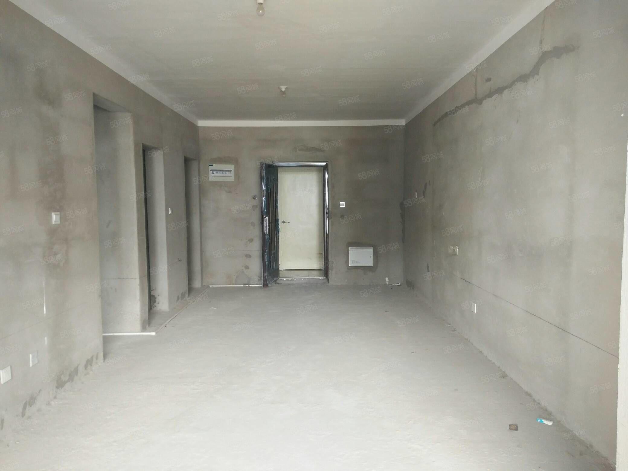 波普艺术之家88平两室平层毛坯,全款改合同