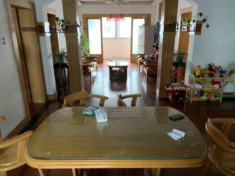 012新寧小區二期125平,好層次,3室2廳2衛精裝修