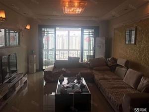 名仕公馆145平米4室2厅2厅精装修关门卖