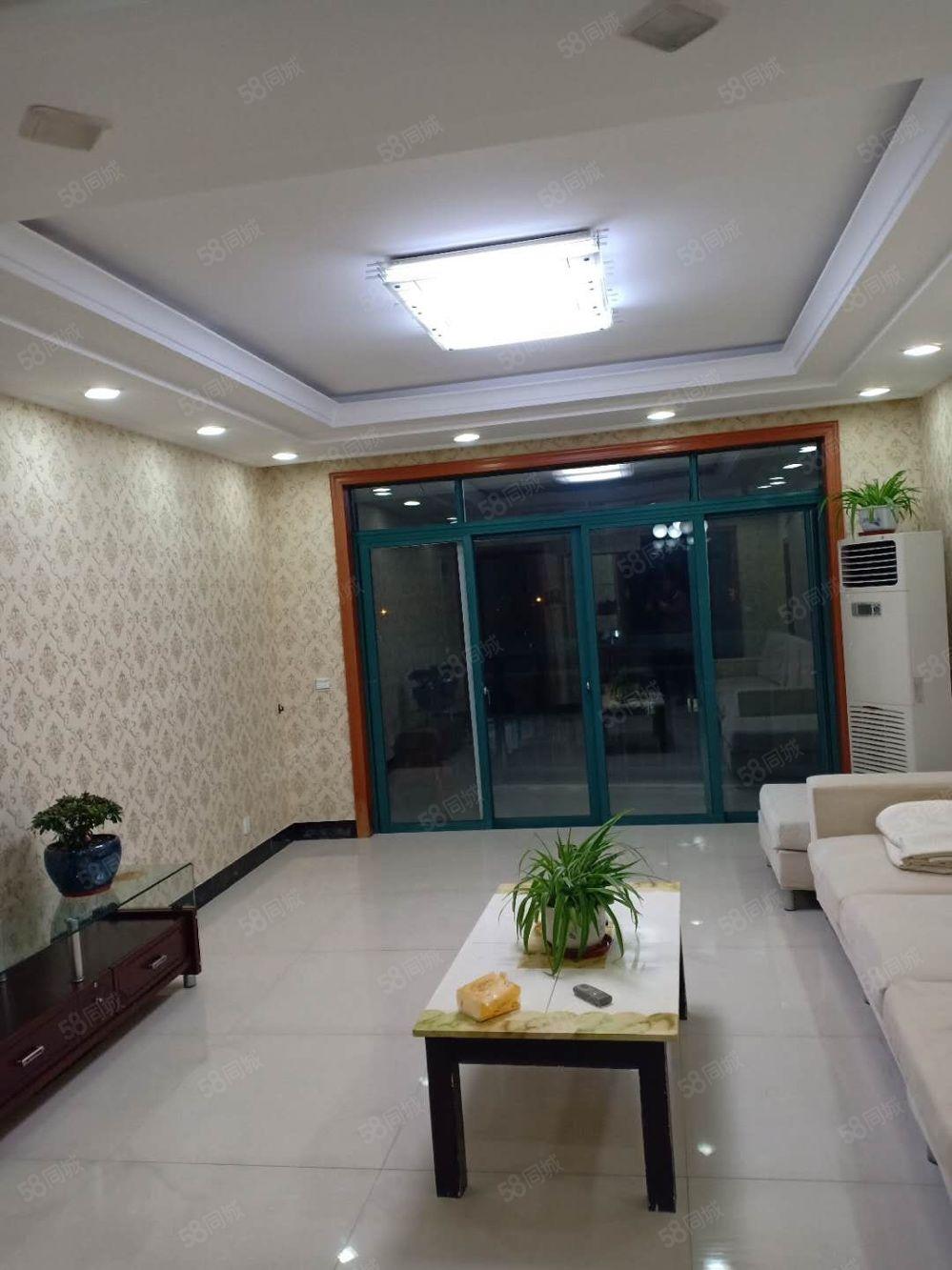 长江花城1期3楼,第一排,光线好!南北通透!价格面议