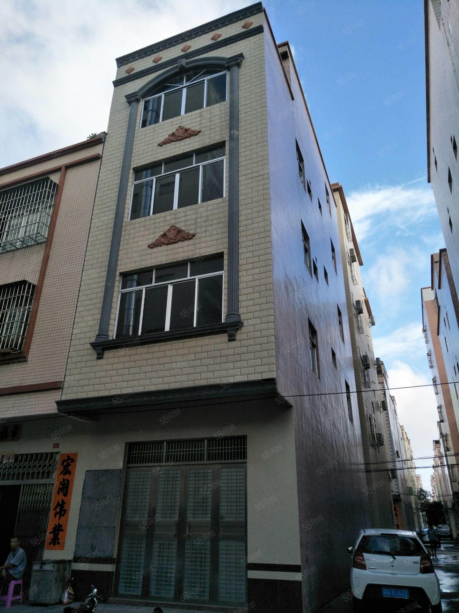 阳东振士小区占地60平方4层半门口15米,后3米,侧5