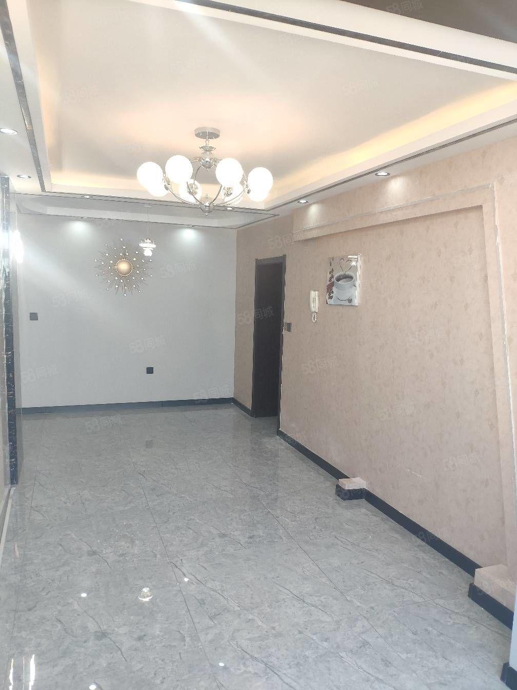 安馨家园正六楼不顶,南北通透,两室一厅大北明厅精装修可做婚房