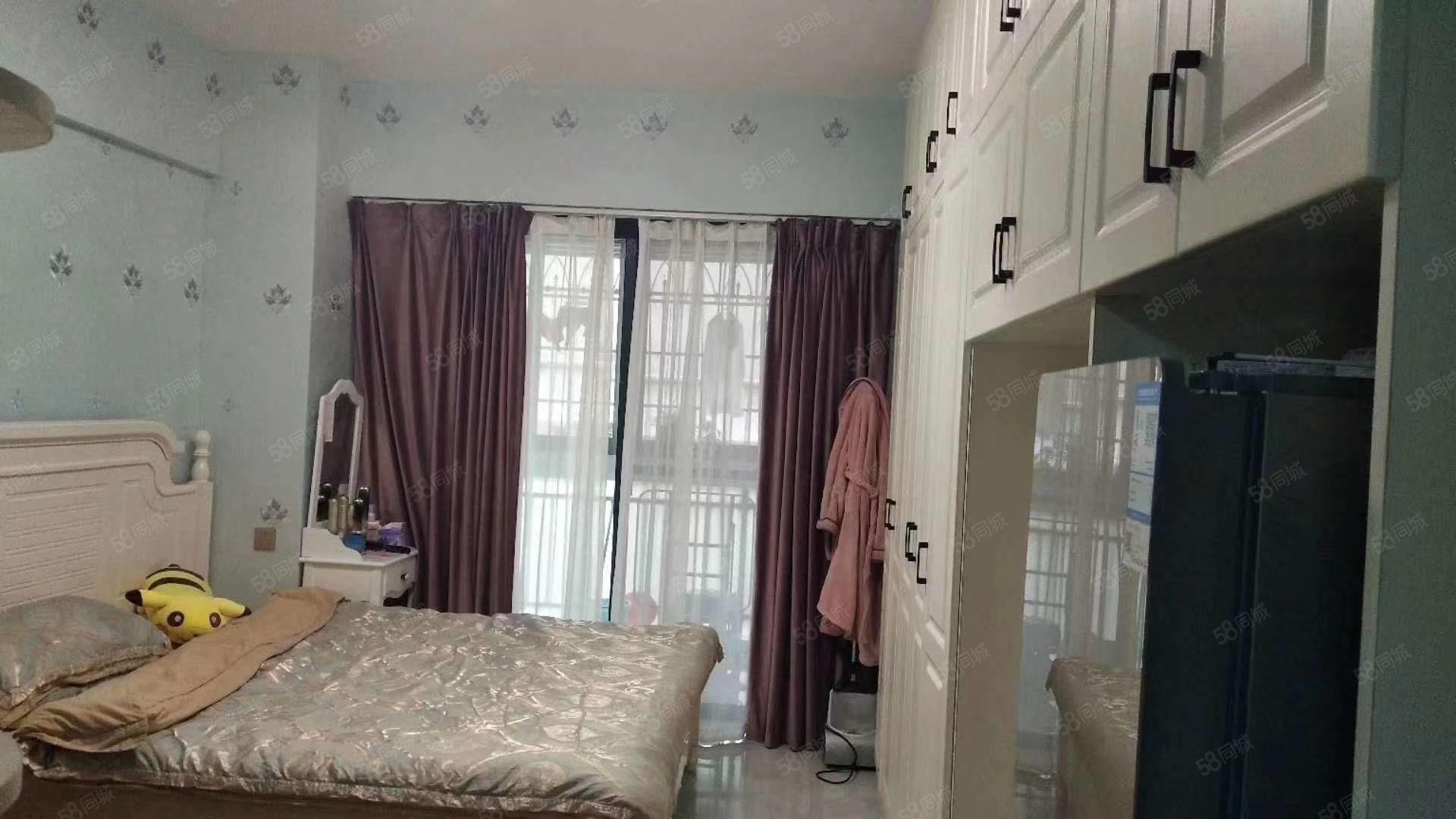 新装修附小,附幼,四中,金城丽都单身公寓出售