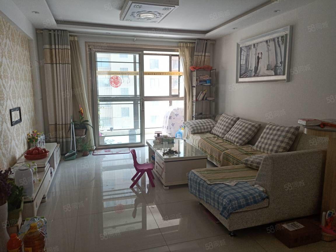 银雀尚城3室2厅,带车位带配房,精装,客厅通阳台,证过二