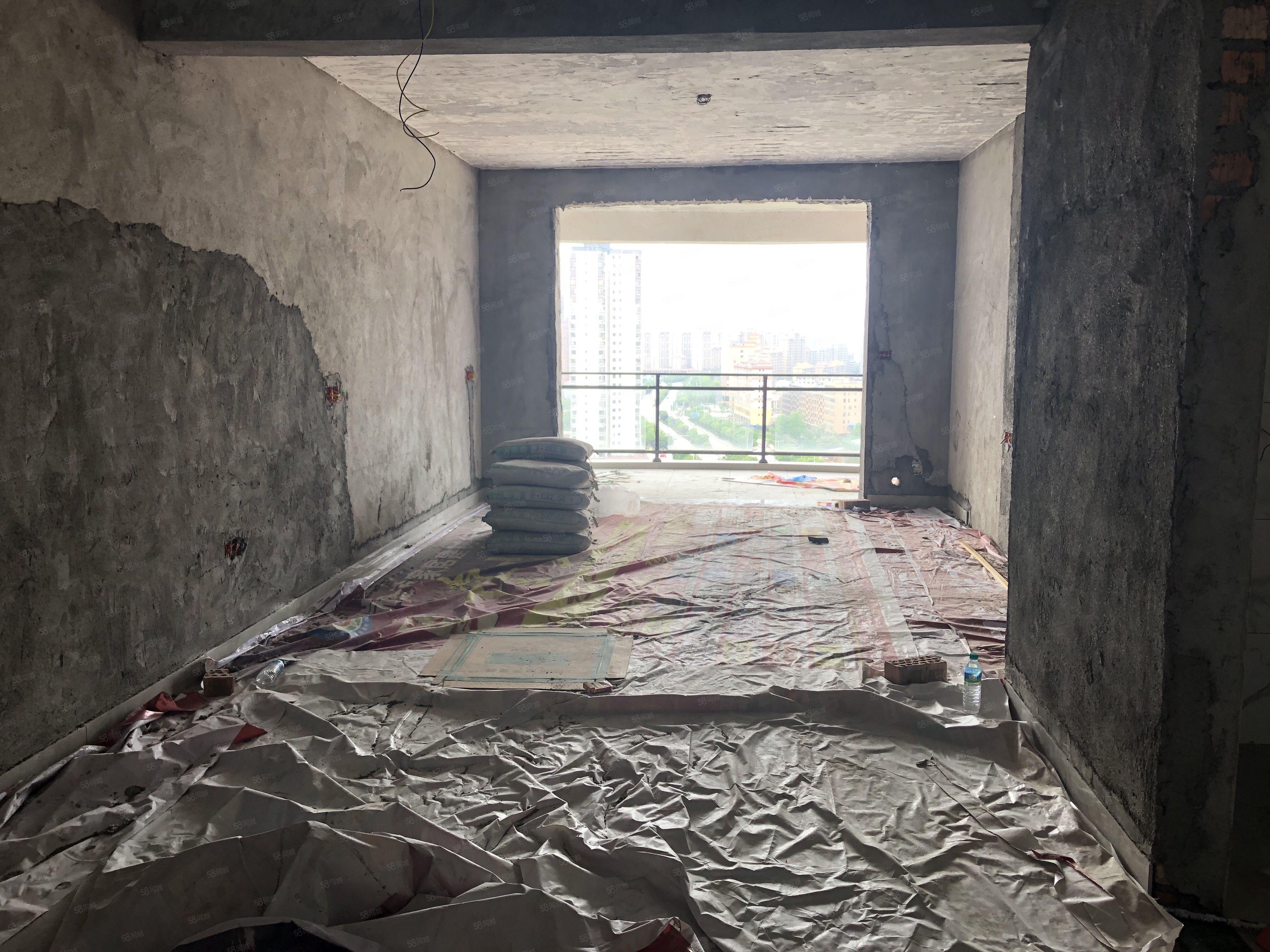 锦江峰景大3房半装修一线江景房三面采光户型方正85万