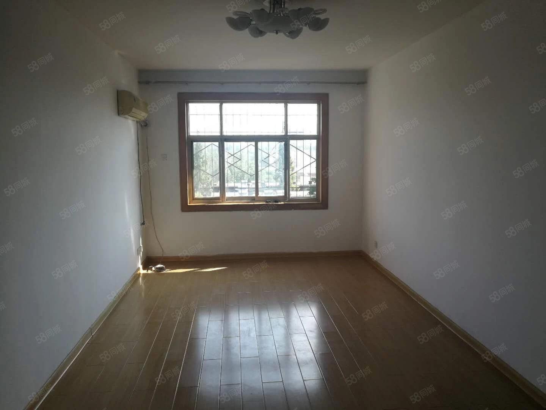 工区路中段五建小区精装温馨2房拎包入住可按揭送大储藏室