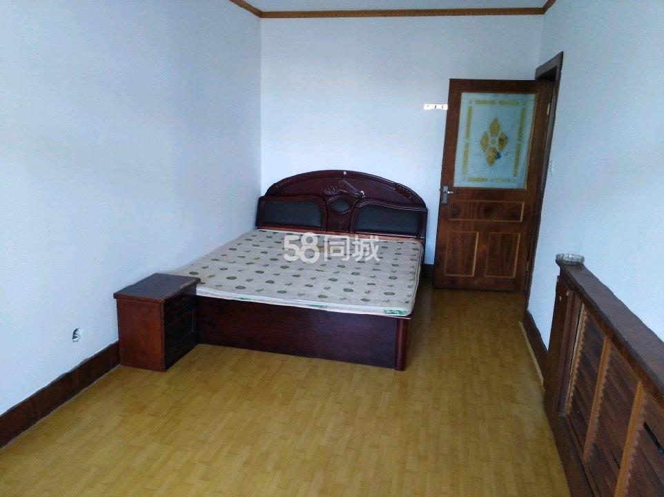 阳光1002室1厅1卫