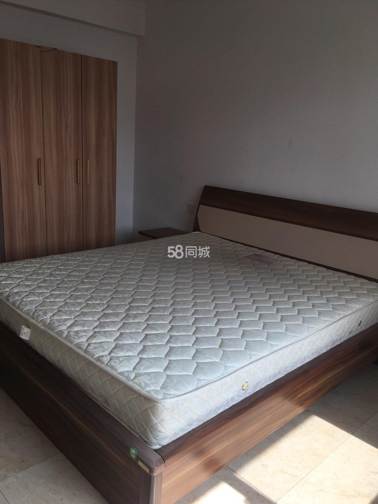 师范学院天明城3室2厅1卫