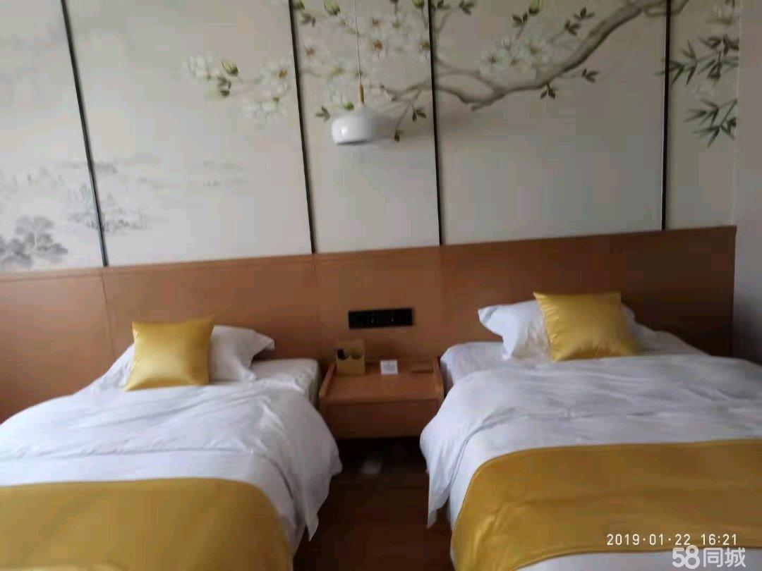 轻奢风都市度假商务酒店