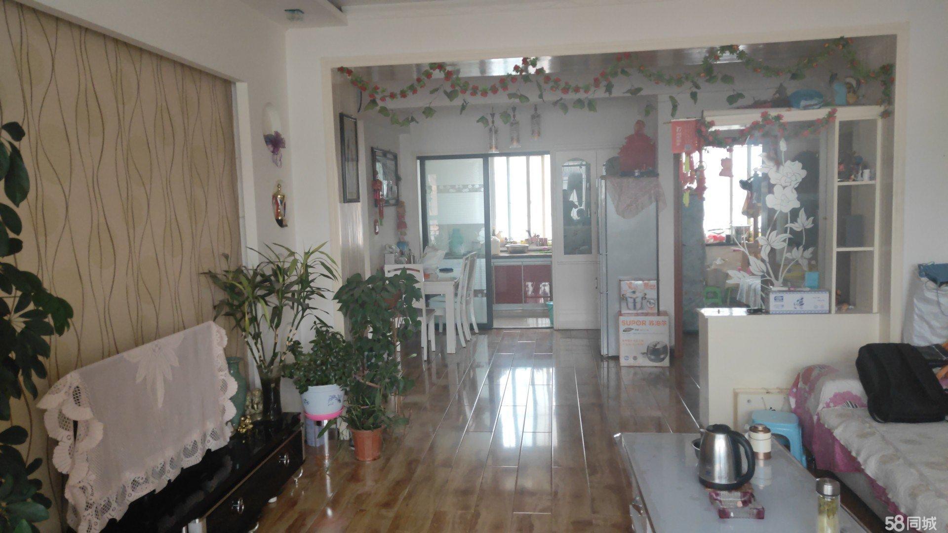 清水县经典庄园小区107平精装房出售45万