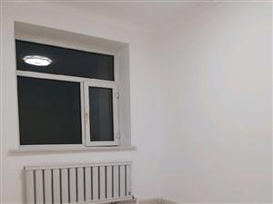 风景学区房万米楼后身师校小区正五楼60米南2室1厅1卫