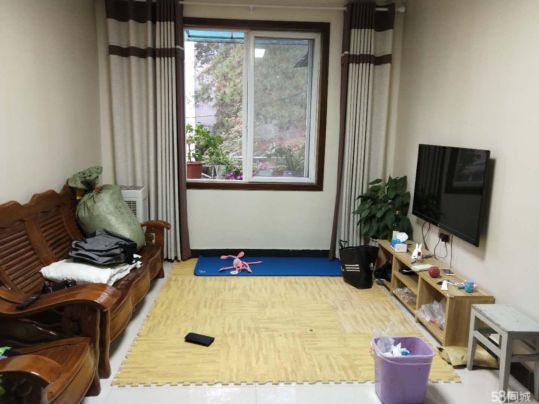 公园路学校边四楼两室一厅一阳一卫