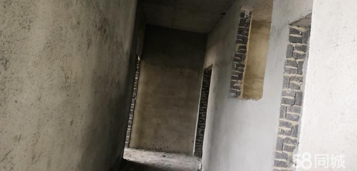 威宁县陕桥街道火电厂自建房出售