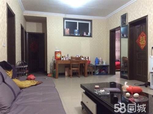 古蔺大梯步3室2厅1卫118平米精装修
