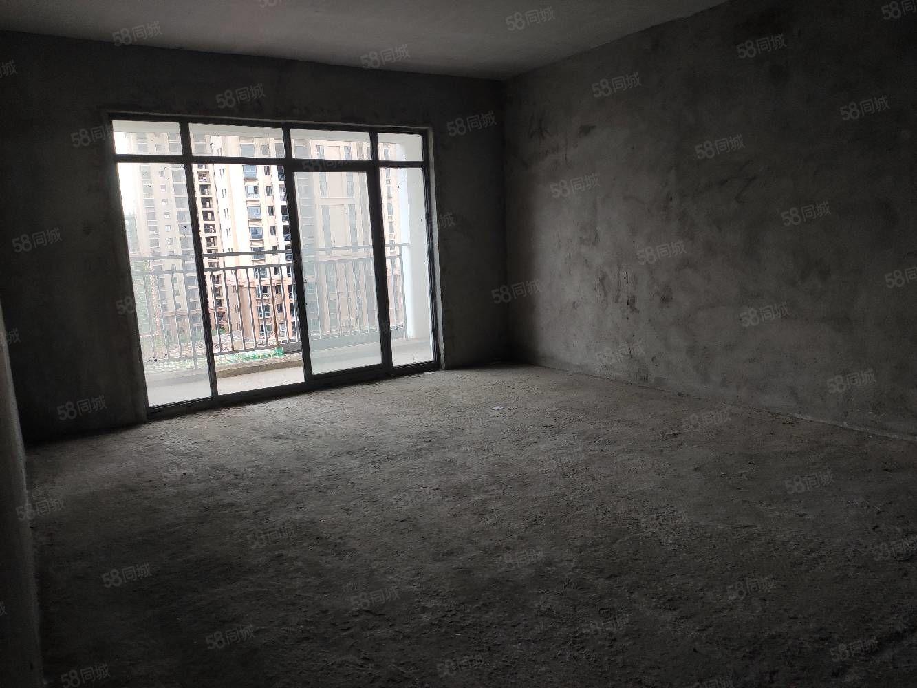 和园电梯3房2厅2卫电梯仅售5700一平方