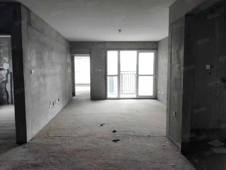 江边竹园华府一期,大三室毛培房,产证齐全可按揭,超低价格