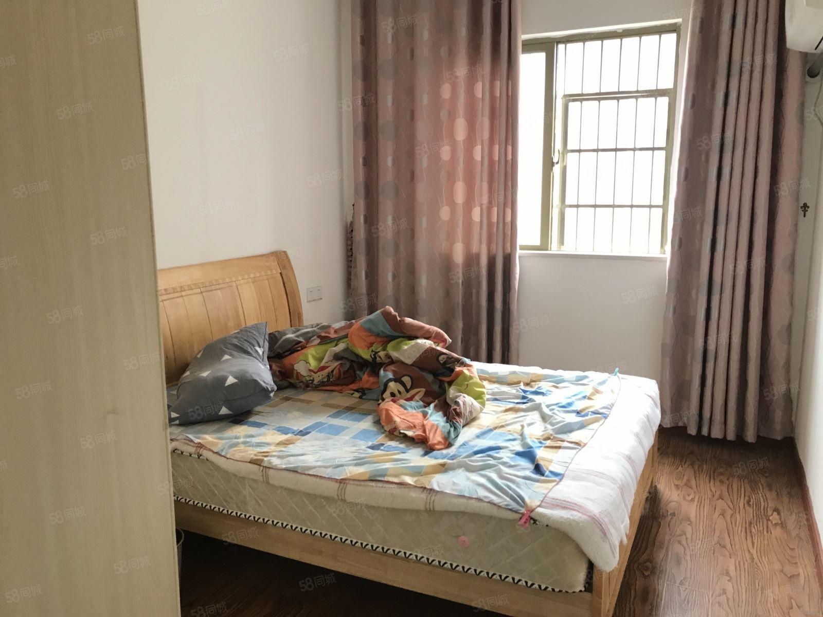 万达商圈怡和苑一期干净清爽采光合适看房方便拎包入住!