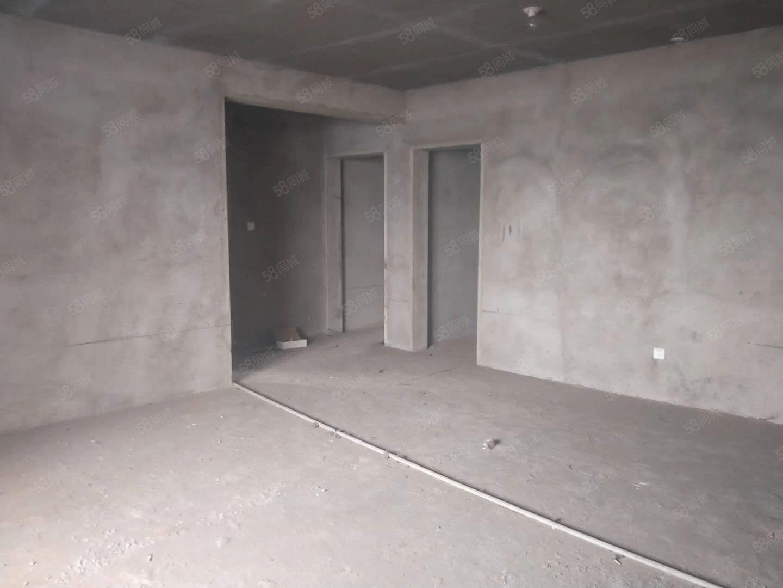 览山丽景毛坯三室两厅两卫129平有证有暖4700一平南北通透