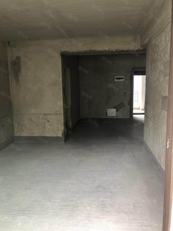 保利二街区毛坯两房可改三房高楼层可按?#23452;?#26102;看房
