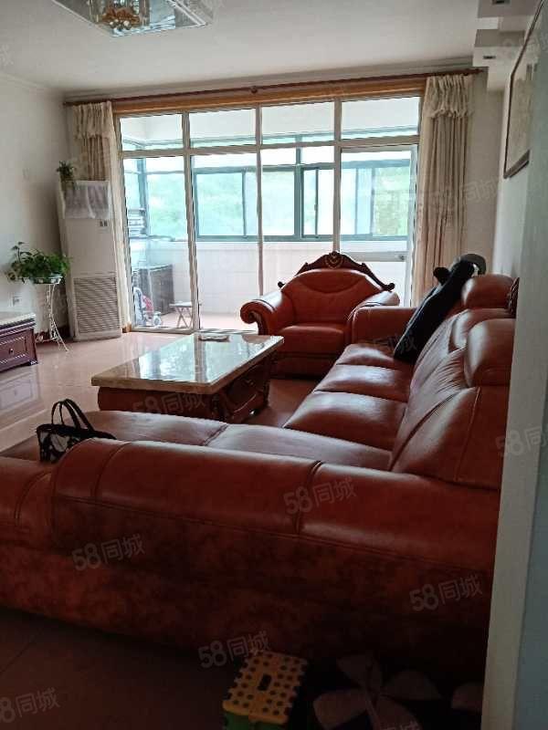 五路高架旁地税局家属院鑫苑花园客厅加三室朝阳证过五