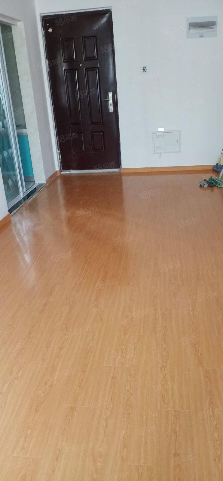 明发江湾新城大三房房子装修好干净整洁性价比高1100元月