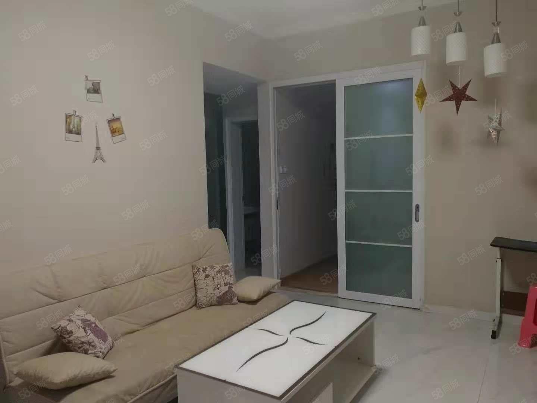 澳门二十一点游戏新都汇小区精装1房1厅1500/月