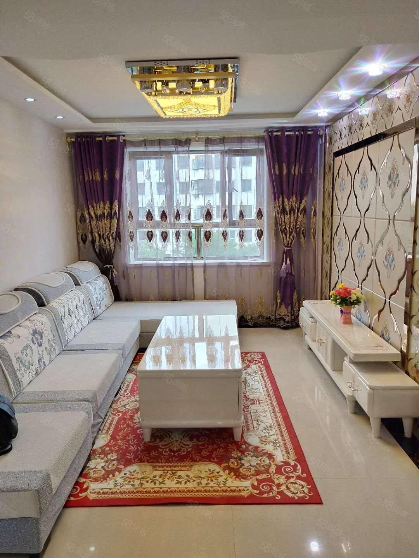 地调队家属院4楼,90平米三室两厅精装地暖房带全新家具窗帘