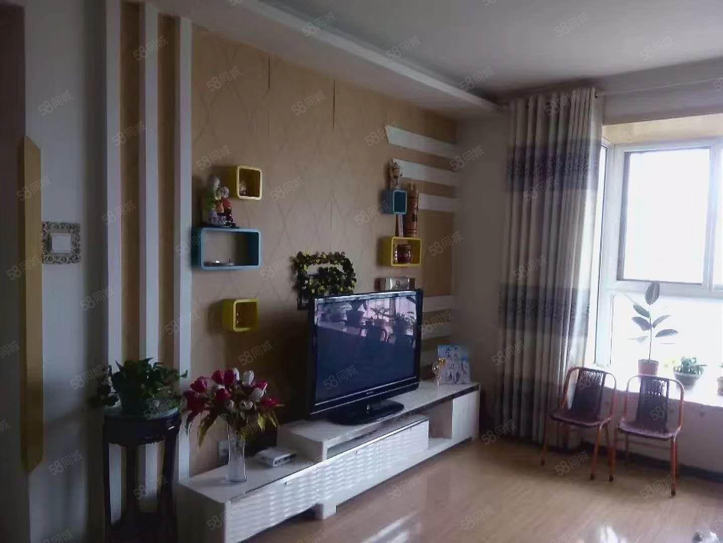 渭城区朝阳一路美景江南3室2厅2出售欢迎随时看房!