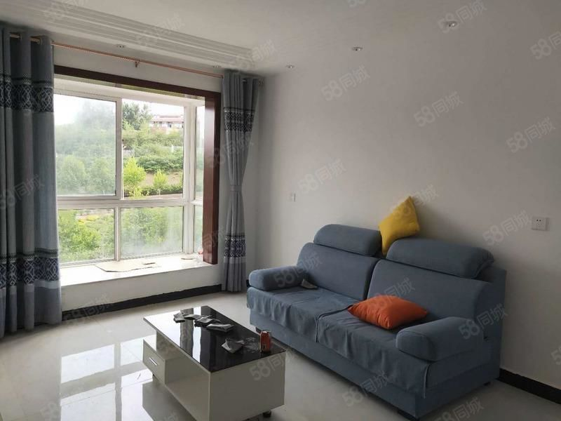 常綠大閱城精裝兩室東西齊全拎包入住隨時看房長租可以優先考慮