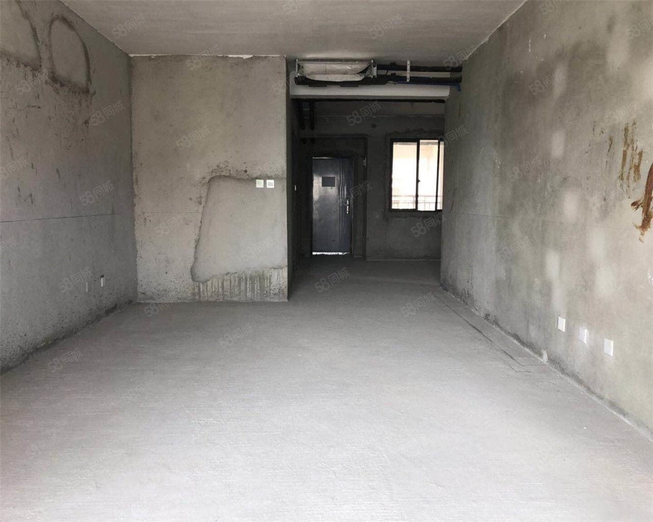 城西醉好小区中间楼层南北通透前面无遮挡,随时看房