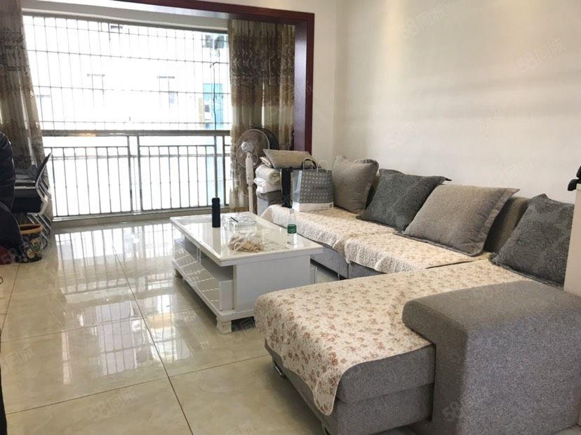 金滩半岛豪苑步梯2房2厅出租,家电齐全,拎包入住!