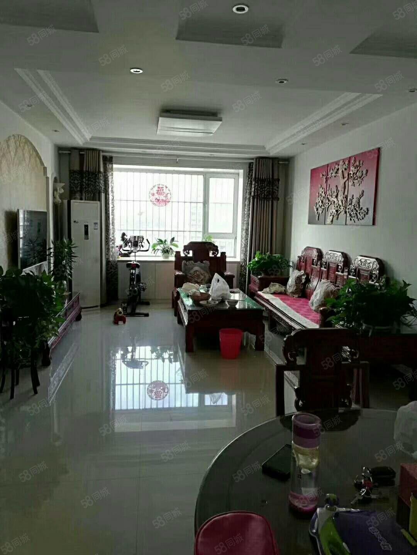 出售时代花园6楼120平,3室2厅2卫,精装修,有储