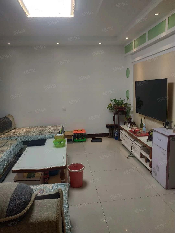 沂河观邸一楼带40平院子精装修双气送全套家具家电