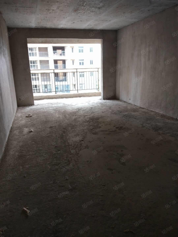 急售庆泰苑电梯大三房房东急用钱便宜出售可以分期