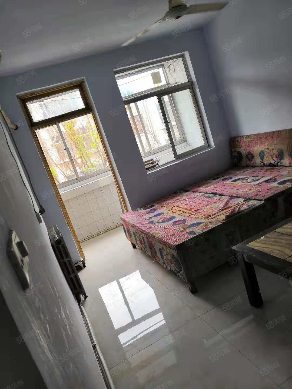 北园小区2室家具家电齐全拎包入住