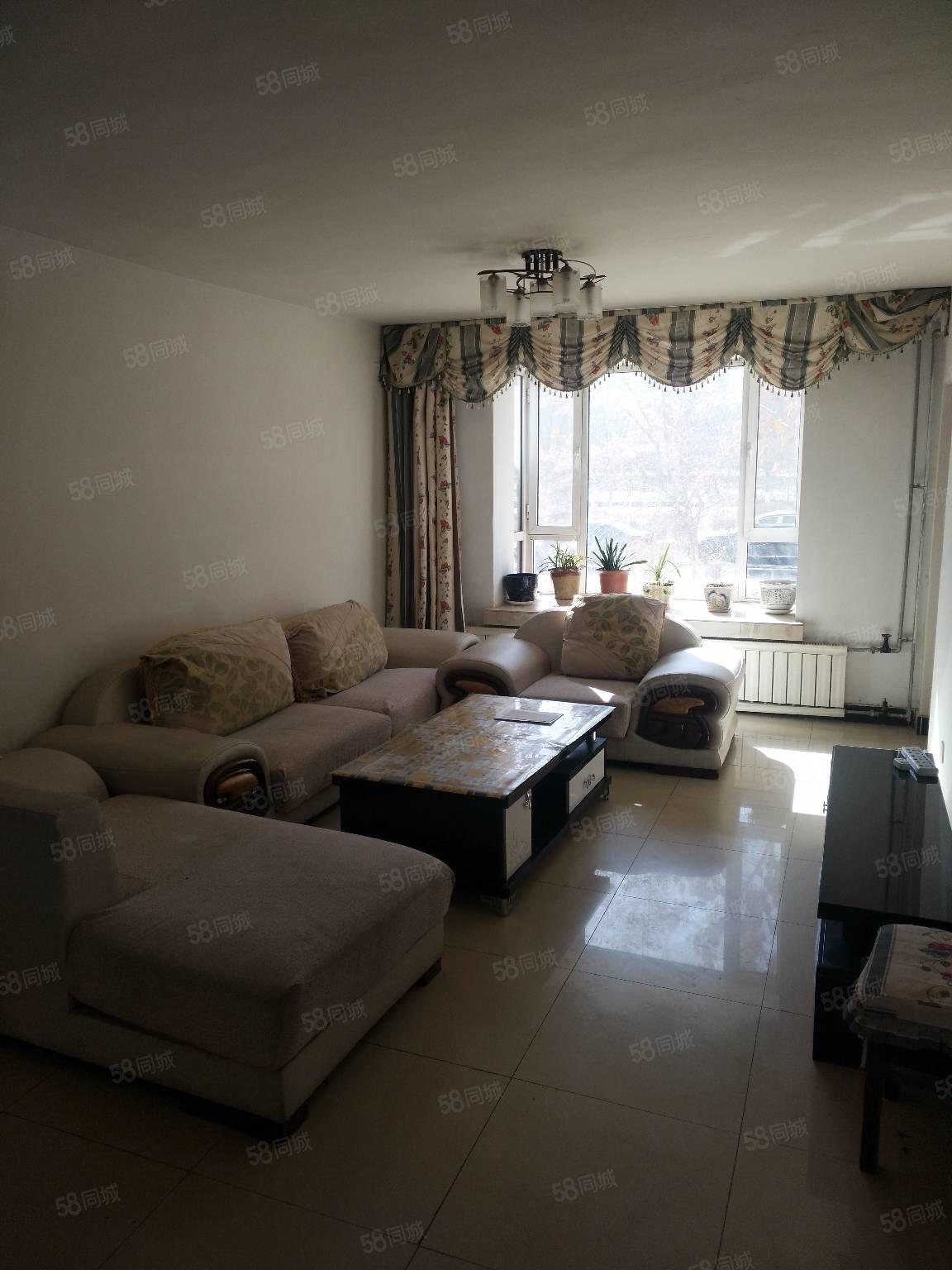 油田紫荊園1樓2室1廳帶家具熱水器抽煙機天然氣等