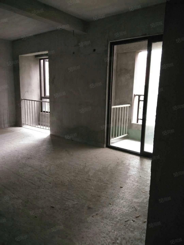 单价1万1中融中央首.府88送28平方电梯标准3房2卫