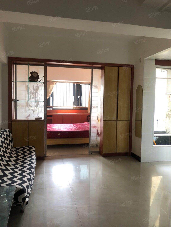 可以短租月付白云商厦楼上45平方精装全配单身公寓出租1200