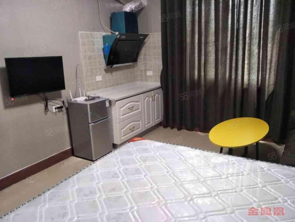 锦江广场新推出公寓,全新家具家电娱乐设施都有,安全干净!